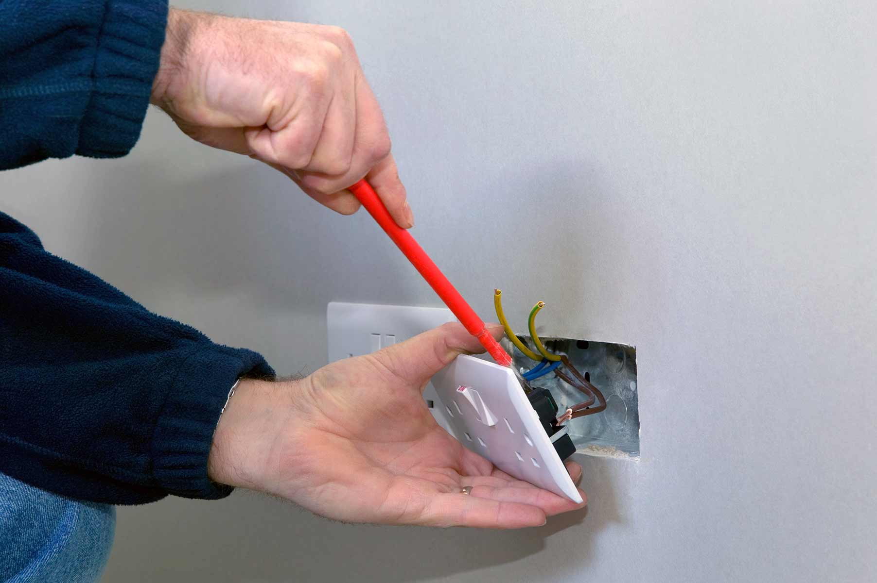 Our electricians can install plug sockets for domestic and commercial proeprties in Ilford and the local area.